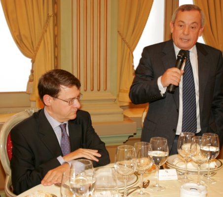 Jordi Sevilla y Carlos Solchaga durante el almuerzo