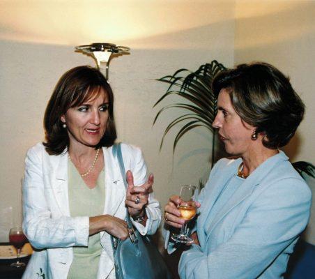 Carolina Dumas y Leonor Ortiz Monasterio