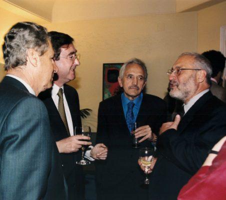 Jaime Carvajal , Claudio Aranzadi , Eugenio Triana y Joseph Stiglitz