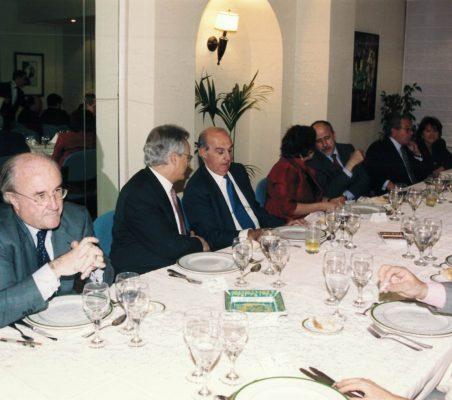 Joseph Stiglitz y Theo Waigel (24)