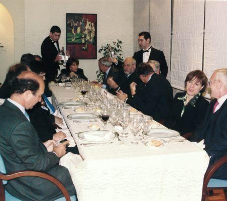 Joseph Stiglitz y Theo Waigel (7)
