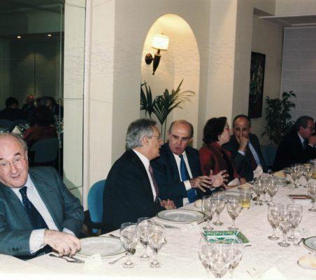 Joseph Stiglitz y Theo Waigel (9)