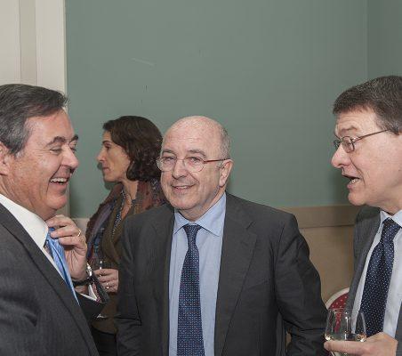 Juan Iranzo, Joaquín Almunia y Jordi Sevilla