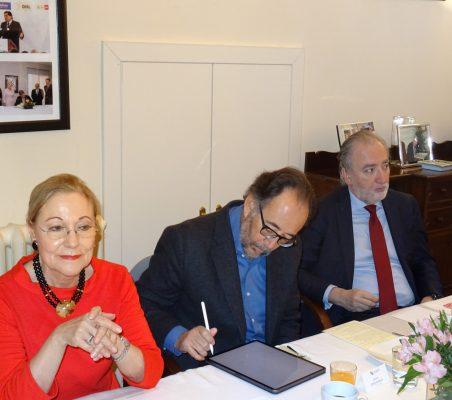 Benita Ferrero-Waldner, Carlos López Blanco y José María Beneyto
