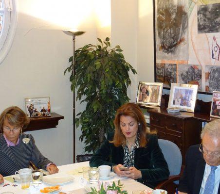 Luisa Peña, Renata Dutra y Ángel Durández