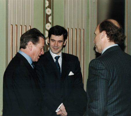 Michael Portillo, José Mª Sanz-Magallóm y Felipe Fernández Atela