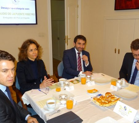 Juan Ignacio de  Guzmán, Patricia Alfayate, Willy Salazar y Alberto Furlan