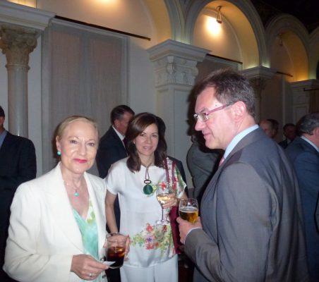 Benita Ferrero-Waldner, maría de la Guardia de Corro, Peter Tempel