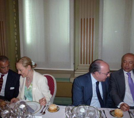 Francisco de Bergia, Benita Ferrero- Waldner, rafael Roldán y Francisco Celma