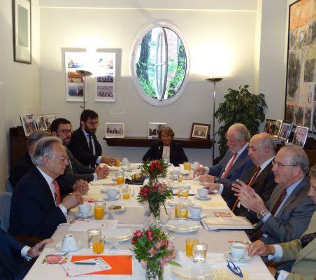 Invitados al desayuno-coloquio con Francisco Fonseca