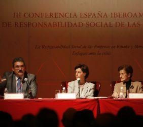 Juan José Barrera, Leonor Ortíz Monasterio y Adela Cortina