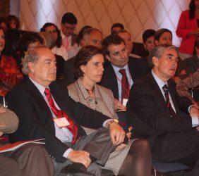 Leonor Ortíz Monasterio, Antonio Ballabriga y Ramón Jáuregui entre el público