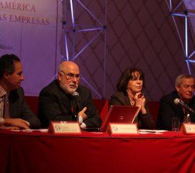 Pedro Martínez-Avial, Antonio Vives, Rosa Conde y Carlos Solchaga