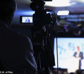 Plano de S.M. el Rey durante Su discurso