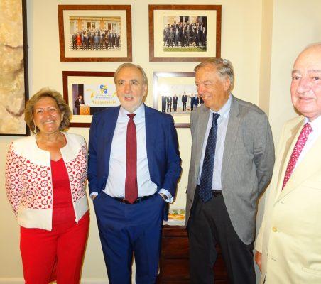 Pilar González de Frutos, José María Beneyto, Carsten Moser y Emilio Gilolmo