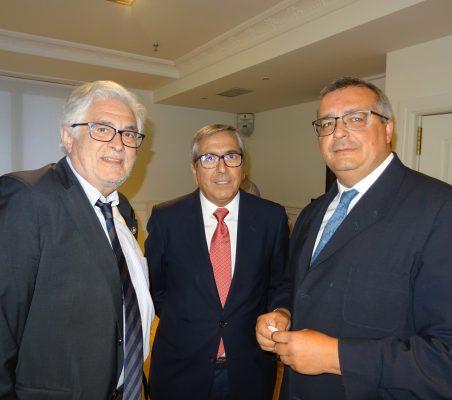 José Luis Curbelo, José Carlos Carcía de Quevedo, y Luis Lucena