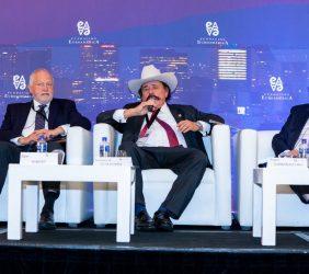 Abel Hibert, Senador Santana y Roger González