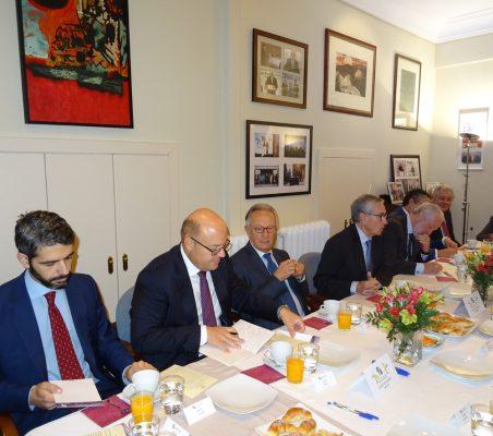 Bruno Calvo, Victor Baz, Ángel Durández, Ramón Jáuregui, José Luis López-Schümmer, y Luisa Peña (al fondo)