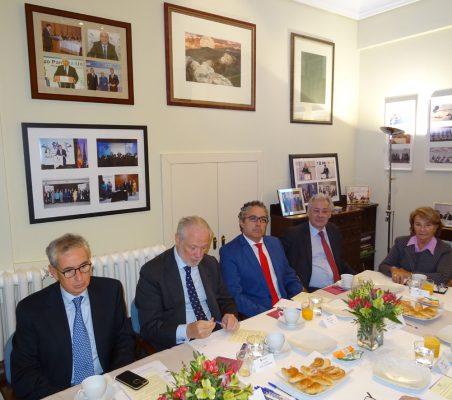 Ramón Jáuregui, José Luis López-Schümmer, José Manuel Sáez, Germán Ríos y Luisa Peña