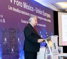 El Secretario de Turismo Miguel Torruco, durante su intervención