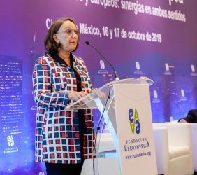 La Secretaria General Iberoamericana durante la inauguración