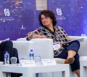 María Luisa de la Garza durante la cuarta sesión
