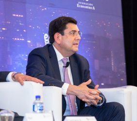 Roger González, Presidente de la Comsión de Energía del CCE