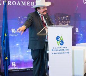 Senador Guadiana durante su intervención