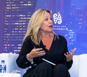 Ex Ministra Trinidad Jiménez, Telefónica
