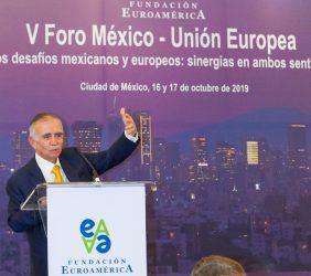 Alfonso-Romo-en-el-V-Foro-México-Unión-Europea