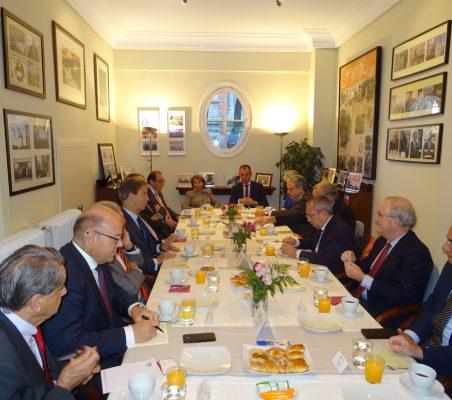 Invitados al desayuno-coloquio con Jean-Michel Casa, Embajador de Francia en España