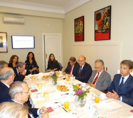 Invitados al desayuno-coloquio con el Embajador de Francia en España