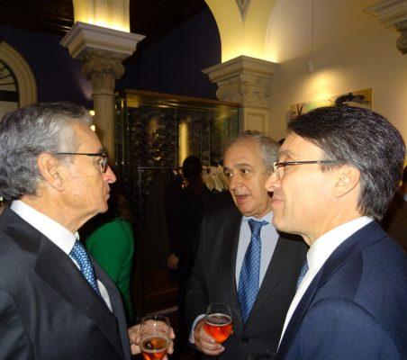 Ramón Jáuregui, Juan José Álvarez y Héctor Flórez