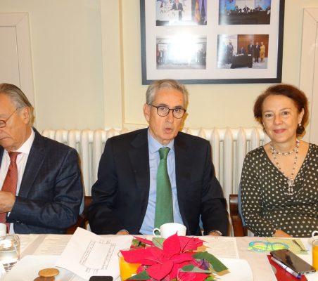 Ángel Durández, Ramón Jáuregui y Cecilia Yuste
