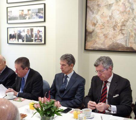 Antonio de Oyarzábal, Federico Mayor Zaragoza, José Ignacio Salafranca y Claudio Vallejo
