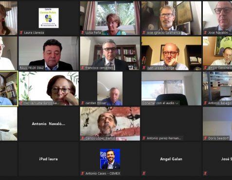 Participantes en el coloquio online, con Francisco Cervantes