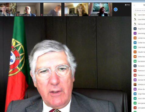 El Embajador durante su intervención
