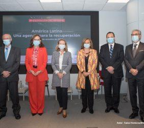 Josep Piqué, Rebeca Grynspan, Nadia Calviño, Cristina Gallach, Luis Carranza y Ramón Jáuregui