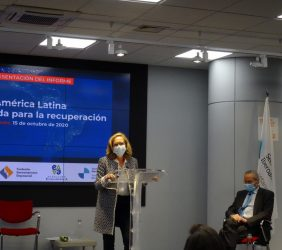 La Vicepresidenta Calviño y el Josep Piqué