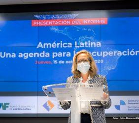 La Vicepresidenta Nadia Calviño durante su intervención