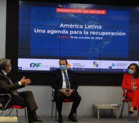 Ramón Jáuregui, Luis Carranza y Rebeca Grynspan