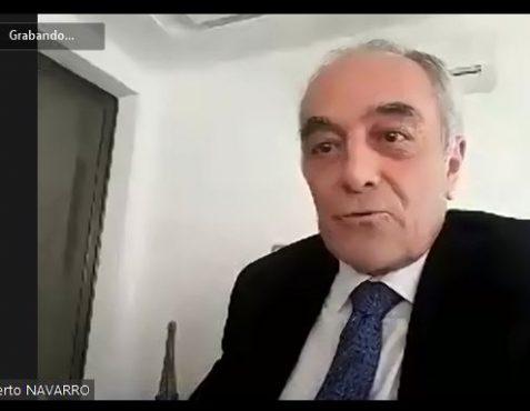 Embajador Alberto Navarro durante el encuentro online