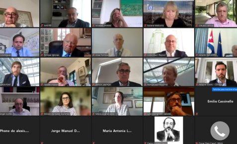 Participantes en la reunión del Patronato