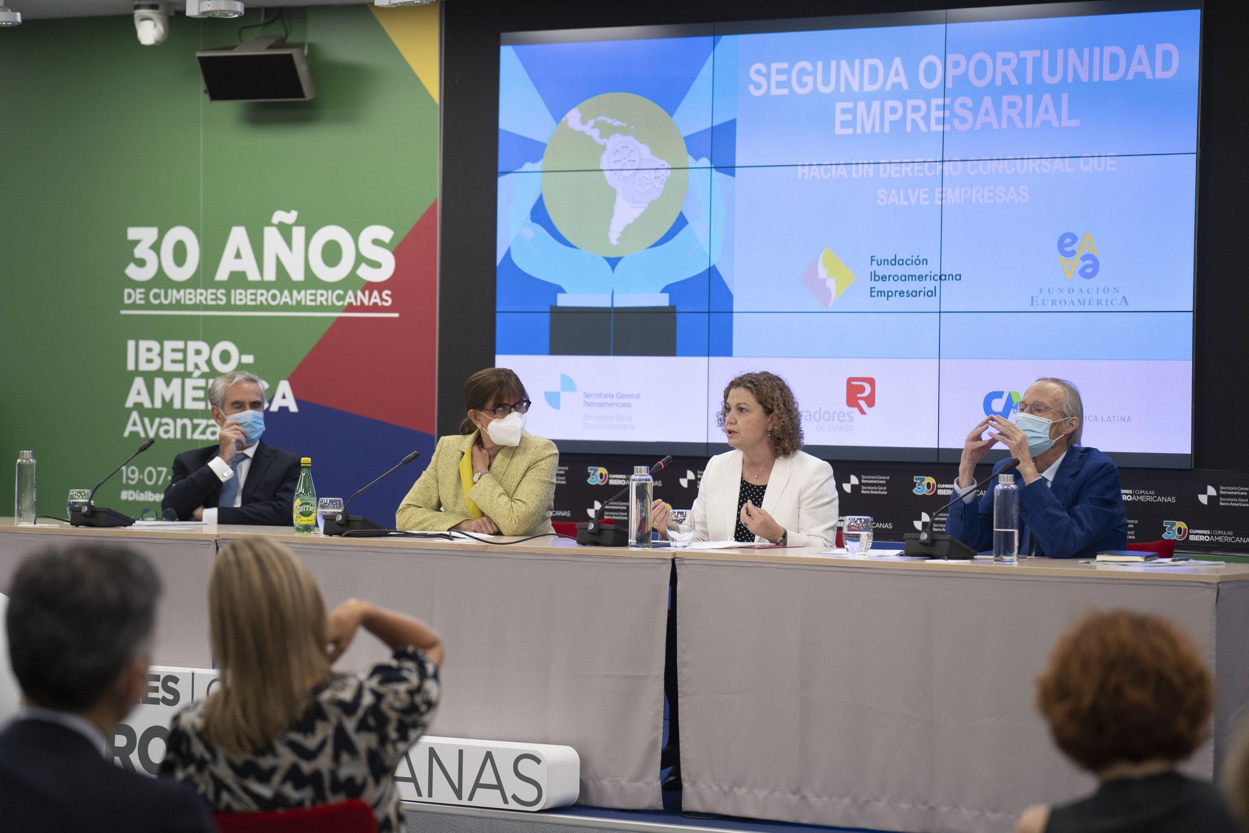 Mesa. Presentación del Informe