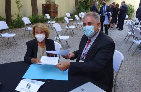 Firma del Convenio de Colaboración, Luisa Peña y Giorgio Trettenero