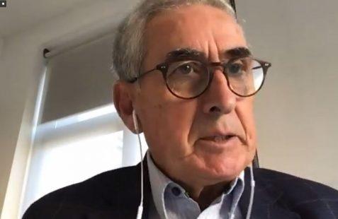 Ramón Jáuregui, en la presentación de los invitados de honor